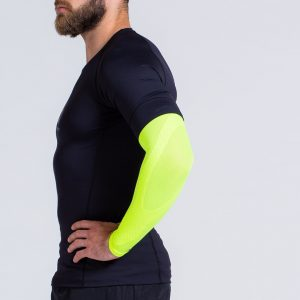 compression-arm-sleeve-neonyellow-2