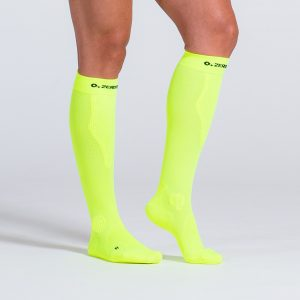 compression-sock-neonyellow-2