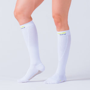 compression-sock-white-hybrid-2