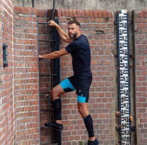 blue-compression-shorts-men