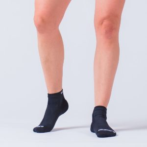 compression-ankle-sock-black-2-1